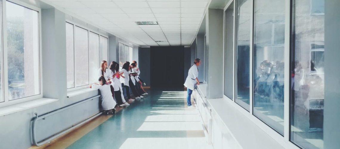 Este artículo habla sobre el seguro médico para indocumentados. La imagen es ilustrativa.